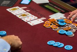 Nine Secret Materials You Did Not Find Out About Online Gambling