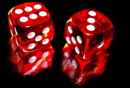 Some Individuals Excel At Online Casino